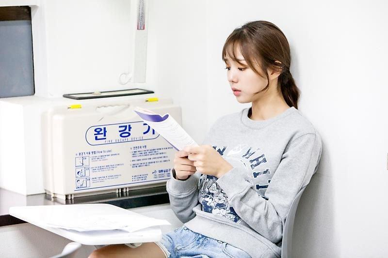 배우 채수빈